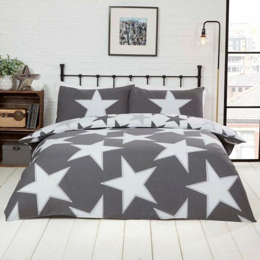 Studio Art All Stars Reversible Duvet Set