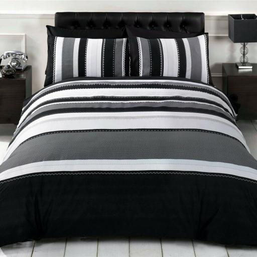 Finest Homeware Detroit Duvet Set