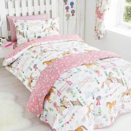 Kids Club Horseshow Reversible Duvet Set